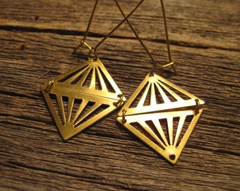 Geometric Earrings // gold Earrings // Triangle Chevron // Arrow Earrings // geometric Jewelry // arrow jewelry // triangle earring