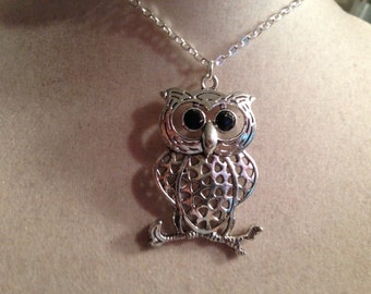 Owl Necklace - Silver Jewelry - Pendant Jewellery - Fashion - Trendy - Everyday - Unique