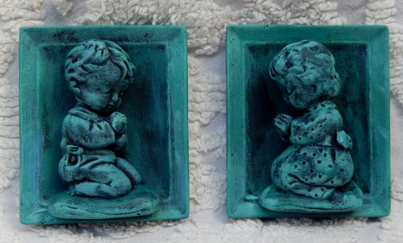 Sweet Vintage Pottery Plaque --INARCO ---E 1866-- Praying Girl and Boy Pottery Wall Art