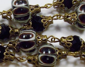 Vintage Black and White Lampwork Glass & Crystal Bead Necklace