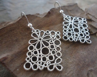 floral RECTANGLES studded earrings (1433)