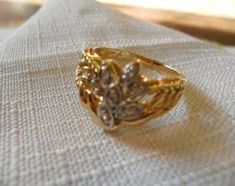 Vintage 10k Gold and CZ Ring size 6.5