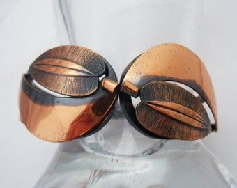 Copper leaf clamper bracelet