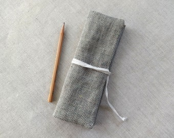 Pencil pouch ( green herringbone ) linen cotton