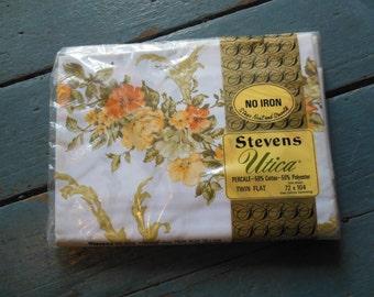 Floral Twin Flat Sheet, Old Stock, NIP, By Stevens Utica, Treasury Item