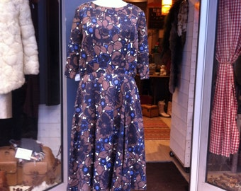 1950 Brown and Blue Floral Dress