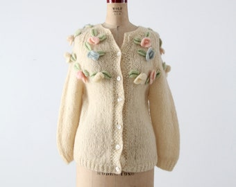 1960s flower cardigan, vintage cream sweater