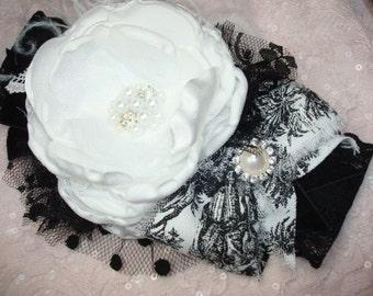 Signature Le Petite Jardin Black and White Flower Headband, Baby Headband, Photo Prop, Le Petite Jardin, Vintage Inspired, Boutique Headband