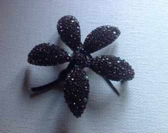 Rhinestone BSK floral  brooch             VJSE