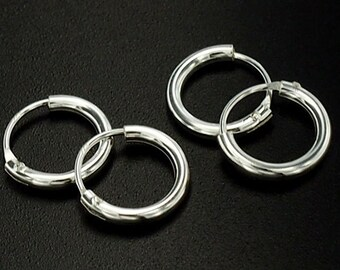 4 pairs of 925 Sterling Silver Little Hoop Earrings 1.5x10mm. :er0820