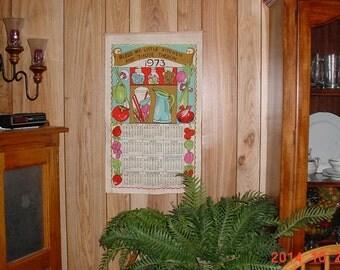 1973 VINTAGE Cloth Calendar Tea Towel - Wall Hanging