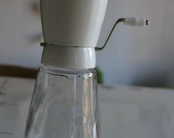 Vintage Gemco Glass w/White Plastic Chopper / Grinder USA