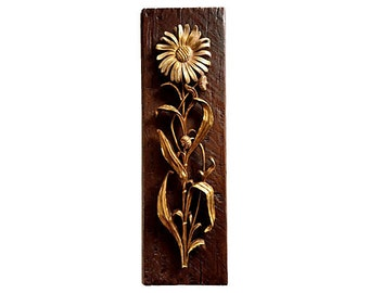 Midcentury Faux Bois Gold Daisy Wall Plaque