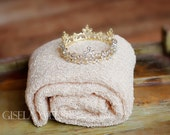 Newborn Wrap Set, Gold Baby Crown, Baby Boy Photography Prop, Gold Crown, Neutral Prop, Natural Wrap, Strech Baby Wrap, Beige Baby Wrap