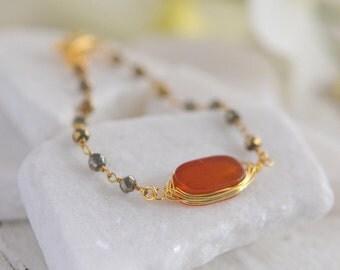Gemstone Bracelet in Earth Tones.  Beaded Bracelet. Gemstone Bracelet. Orange Bracelet.