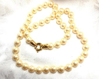 """Vintage Pearl Necklace Chunky Gold Runway XL 24"""" Glamour Bride Holidays Little black dress Great Gift"""