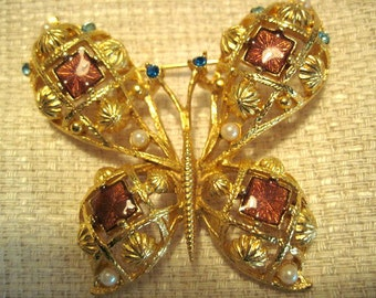 Vintage Gold and Topaz Butterfly Brooch - BUT-31 - Gold Butterfly Brooch - Topaz Brooch - Topaz and Gold Butterfly Brooch