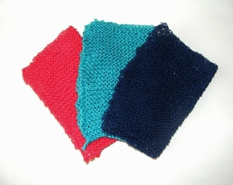 Knitted cotton washcloth