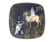 Vintage Arabia Finland 1982 annual hanging plate, ceramic Kalevala plate, Finland