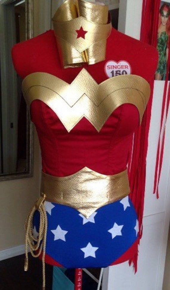 The wonder woman symbol-8445