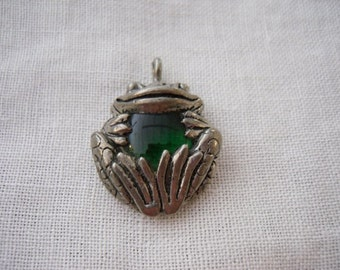 Handmade Frog Pendant in Silver and Emerald Green Jewelry Necklace