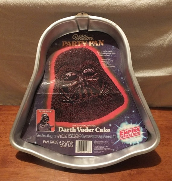 1980 Darth Vader Star Wars The Empire Strikes Back Wilton Cake