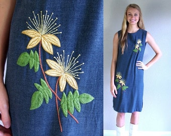 vtg 60s gray EMBROIDERED FLORAL tropical Shift DRESS Medium boho hippie dolly sun summer