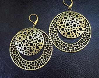Statement hoop earrings, modern antique brass tone round dangle earrings, oversized chunky earrings