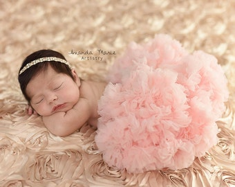 girls newborn tutu- baby pink tutu - pink girls pettiskirt- newborn pink tutu - infant tutu -girls tutu skirt - baby petticoat- newborn tutu