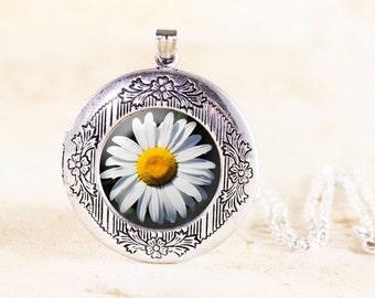 Silver Daisy Locket - Silver Flower Jewelry Locket, Daisy Flower Locket, White Daisy Jewelry, Flower Photo Locket, Wildflower Jewellery