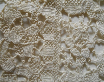 Antique Cream Battenburg Lace Doily Very Tiny Batten Floral Table Centerpiece Antique Battenburg Home Decor
