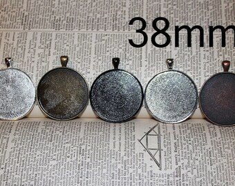 6 - DIY Pendant Trays 1 1/2 inches customizable blank Settings LEAD FREE -  38mm Round Blank Photo