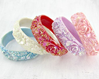 Vintage Flower Bangle Bracelet, Iridescent Bracelet, Rose Bracelet, Lavender Hot Pink Blue White Bangle, Stacking Bangles, 1970s Jewelry