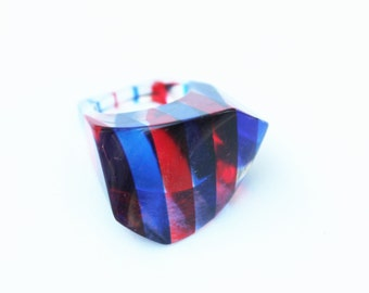 Vintage Red, White, and Blue Lucite Ring