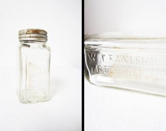 1940s Rustic Medicine Bottle WT Rawleigh Co Freeport ILL Embossed Glass Screw Top