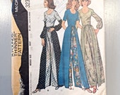 """McCalls 3231 - Misses Wrap Around Pantskirt and Blouse - A """"Pounds Thinner"""" Pattern 1972"""
