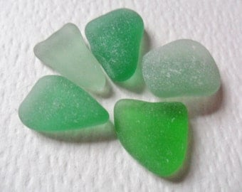 Bright green sea glass mix - 5 lovely flat English beach find shapes.