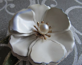 Vintage Large Dogwood Blossom Flower Brooch with Center Faux Pearl