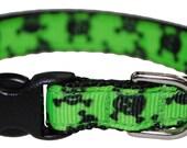 "Skull and Crossbones Black and Green 3/8"" Adjustable Cat Collar"