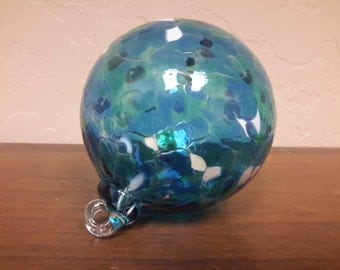 HAND BLOWN GLASS Tree Ornament  Ocean Blue Green White Spotted  Iridescent Round Orb Sphere Shaped