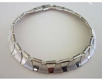 Silver tone Matte plus Shine Triangle Choker Necklace
