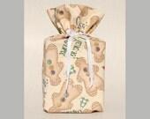 Christmas Tissue Box Cover Gingerbread Tissue Box Holder Holiday Kleenex Box Cover Gingerbread Tissue Box Cover Fabric Tissue Box Cover