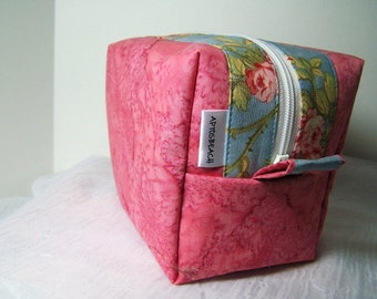 OOAK Hot Pink Roses Cosmetic Box Bag, Make Up Kit Bag, Tiny Travel Dop Kit, Vinyl lined zippered bag