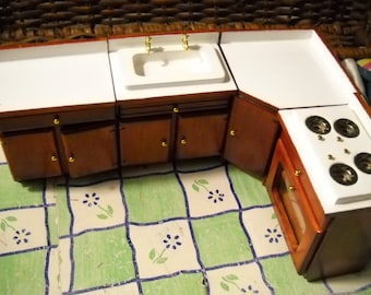 Mini Kitchen, 5 Piece Set For Dollhouse, Not suitable for Children under 6