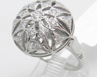 Diamond Snowflake Ring Cluster Ring Vintage Reproduction 14K White Gold Size 6.5