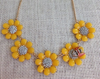 Necklace in Yellow Flowers and Rhinestone Centers