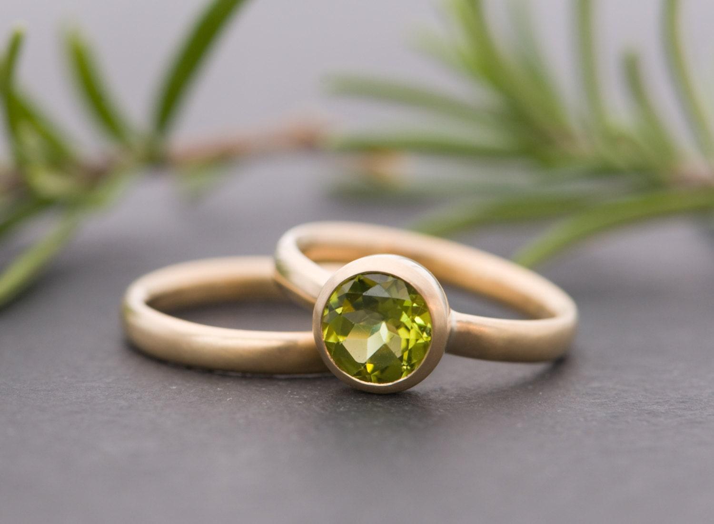 18k gold wedding set peridot engagement ring gold wedding. Black Bedroom Furniture Sets. Home Design Ideas