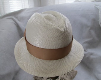 1970's/80's Cream Straw Ladies Fedora Hat by FRANK OLIVE/Saks Fifth Ave.