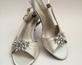 Wedding Shoe Clips ~ Sandal Clips, Weddings, Proms, Shoe Clips, Shoe Accessories, Crystal Shoe Clips, Crystal or Champagne color
