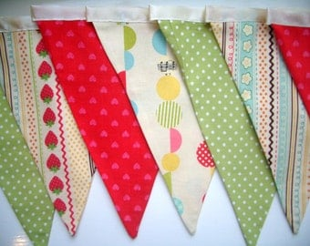 Bunting, flags - Brightly coloured fun childrens bunting flags for a playroom, nursery or the garden.